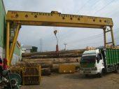Perusahaan kayu angkut